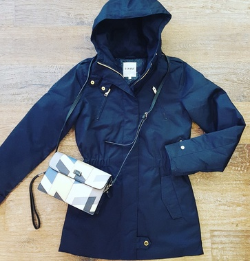 The perfect parka #Elvine retro clutch-bag #Paulsboutiquelondon