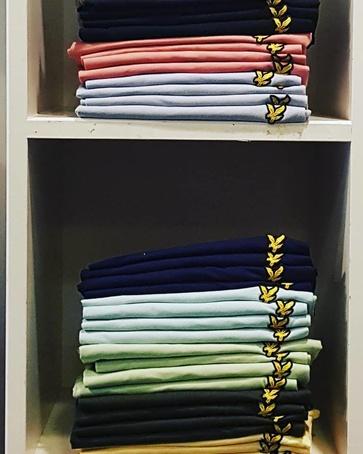 Alle kleuren weer verkrijgbaar. Basic T-shirt #lyleenscott