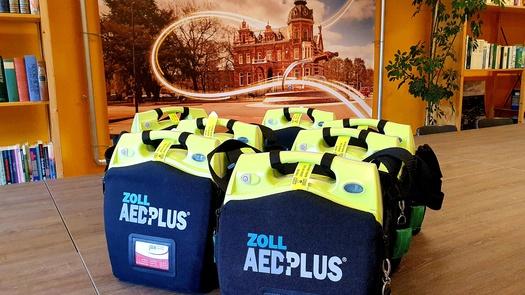 CMO vervangt AED's