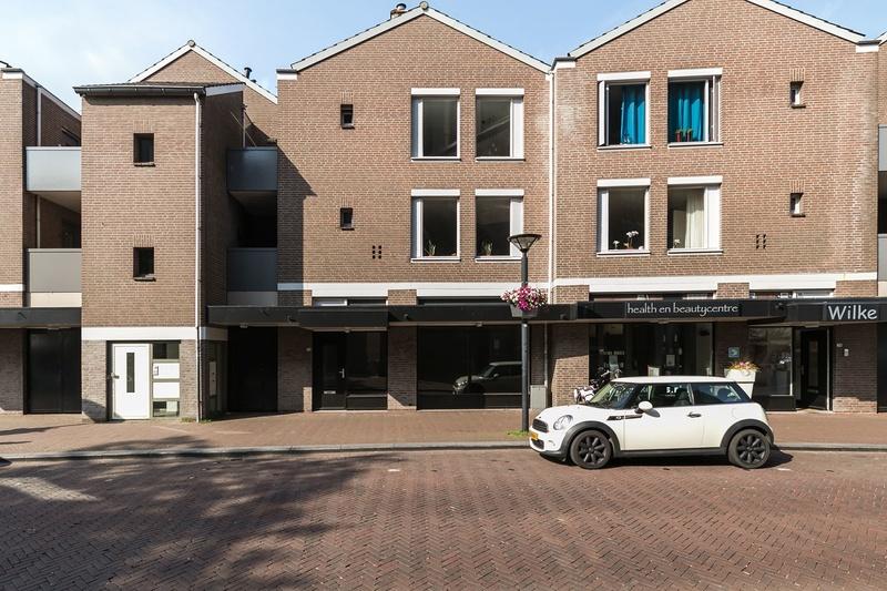 Kerkstraat 72