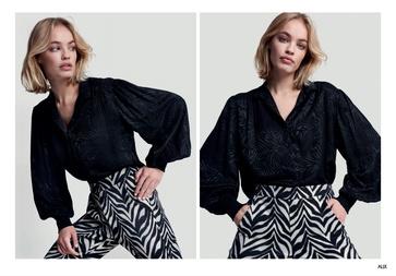 Reserveer alvast deze blouse levering 4 december
