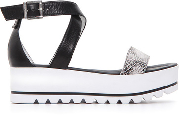Nerogiardini leren sandaal €109,95