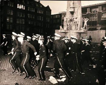 Mariniers_op_de_dam_1970_1